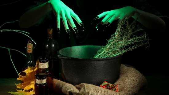 caldero de brujas usos